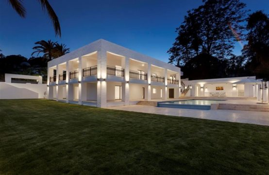 Completely renovated villa at Las Brisas Golf Course