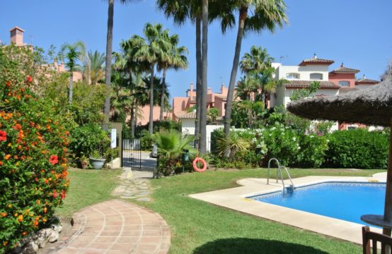 First-Line-beach-townhouse-for-sale-Spain