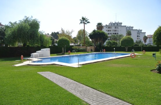 Top floor apartment for sale Marbella golf