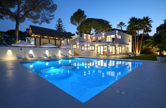 Superb reformed 5 bedroom villa in the heart of the Golf Valley