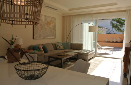 Top quality apartment in Nueva Andalucia
